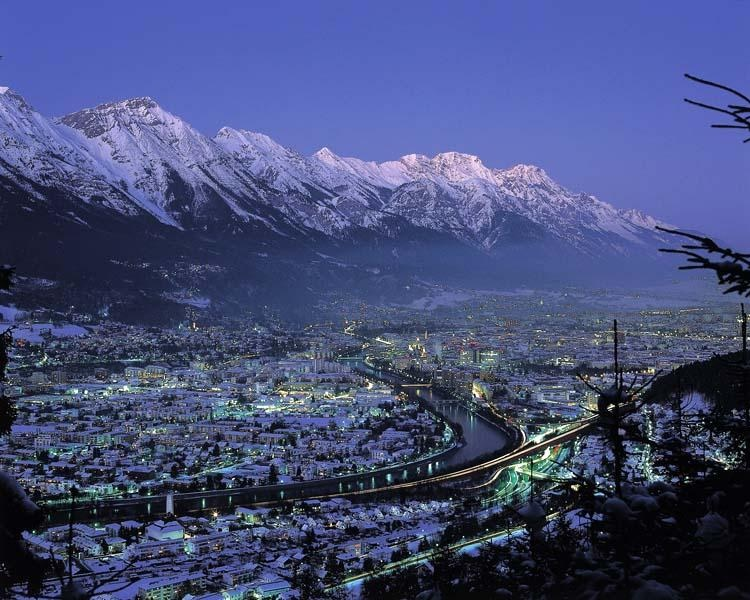 private aircraft to Innsbruck