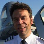 Fly Aeolus Air Taxi Cirrus SR22 Pilot Roeland vd Spek