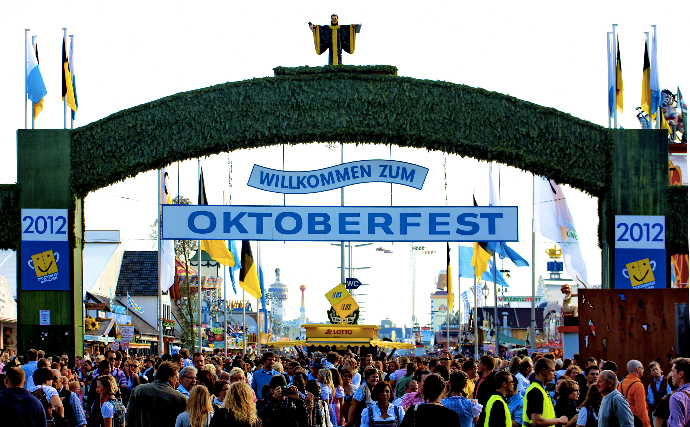 Visit munich octoberfest with an private jet
