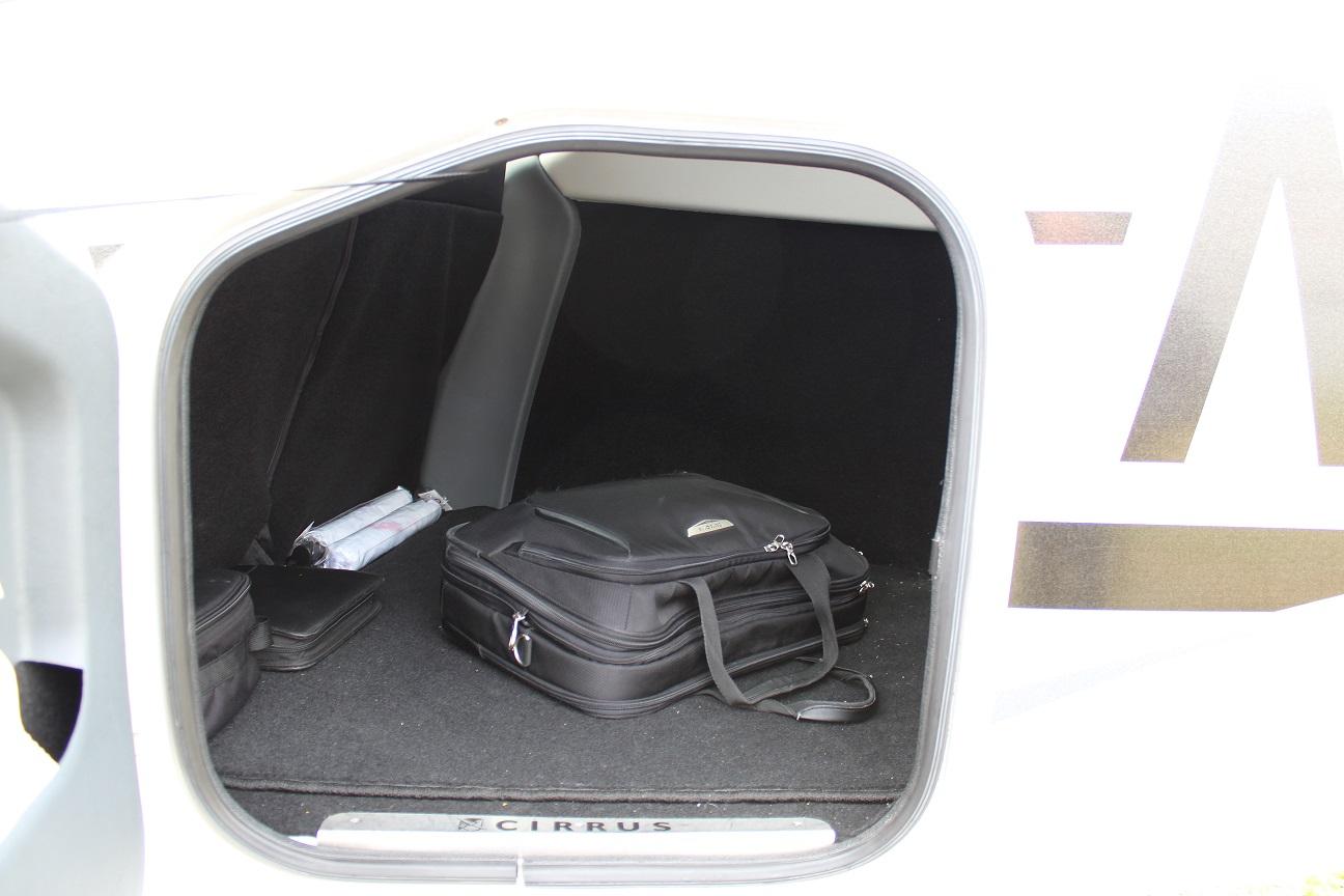 Gepäckraum Cirrus SR22