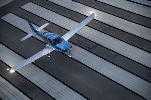 Cirrus SR22 Luchttaxi VIP dag