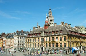 Reach Lille by air taxi private jet