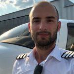 Fly Aeolus Air Taxi  Pilot Cirrus SR22 Johannes Garbino Anton