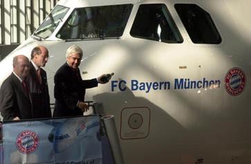 Fußballmannschaft Logo auf Flugzeug