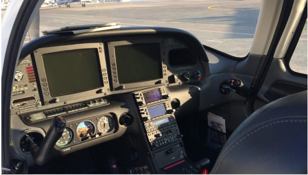 Réservation jet privé Cirrus SR22
