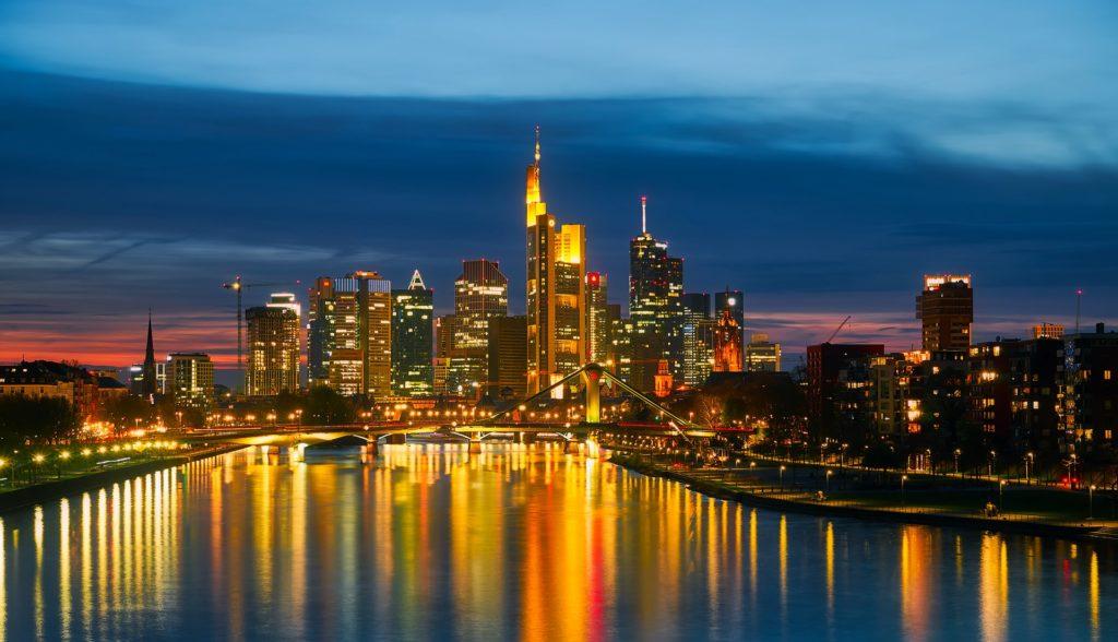 Frankfurt in der Nacht