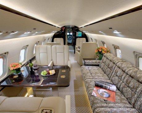 Prominente mit eigenem Flugzeug