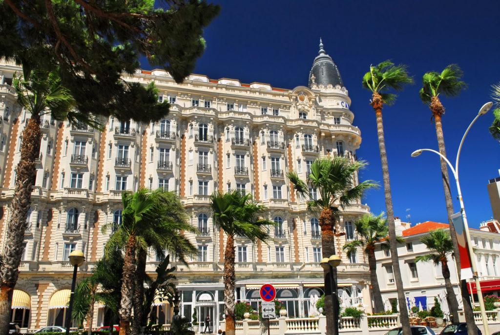 Privé Jet naar Cannes, de Croisette