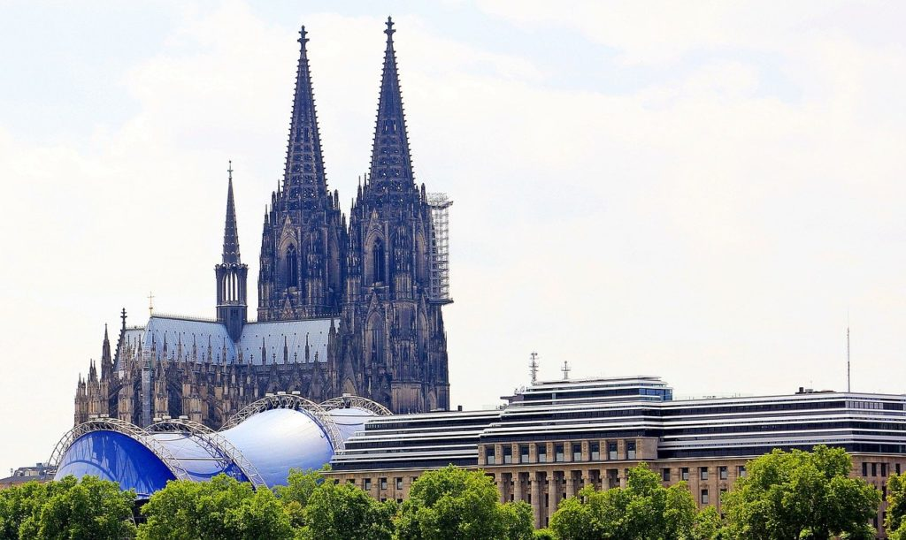 activities in cologne: cologne cathedral