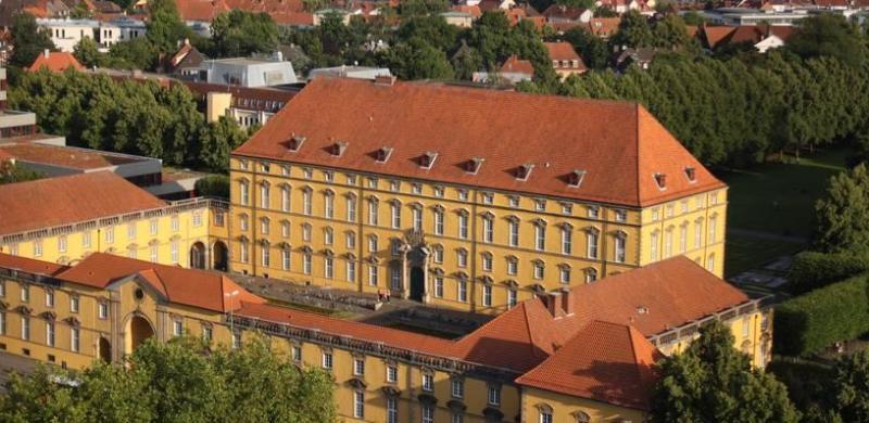 Universiteitskasteel Osnabrück per lucht taxi