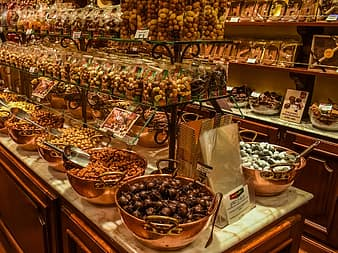 Use a air taxi to reach one of the lovley chocolateries in Bruges