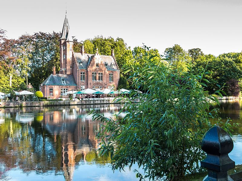 A quick and safe option to travel to Bruges is by using a private jet or air taxi.