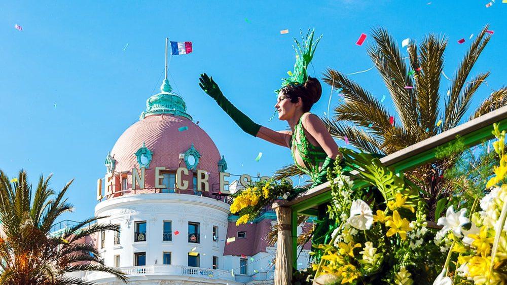 Carnival van Nice en de bloemenstrijd