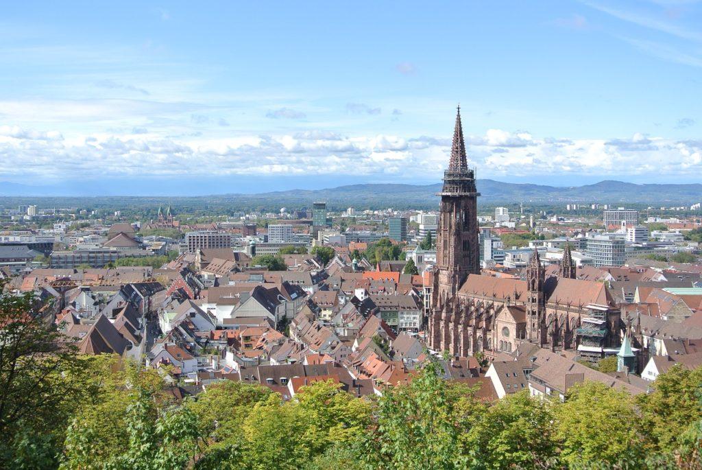 Kanonenplatz Freiburg Activities