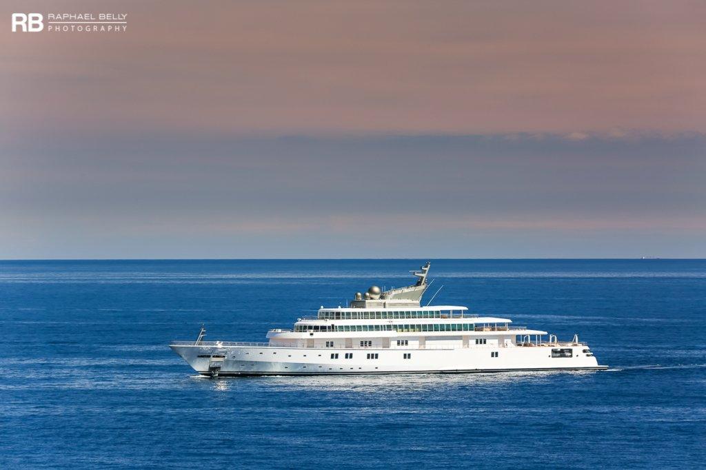 Rising Sun luxury yachts