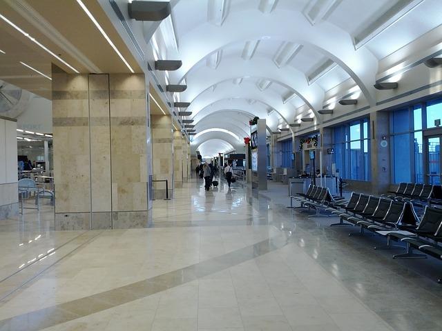 airport trends summer 2021