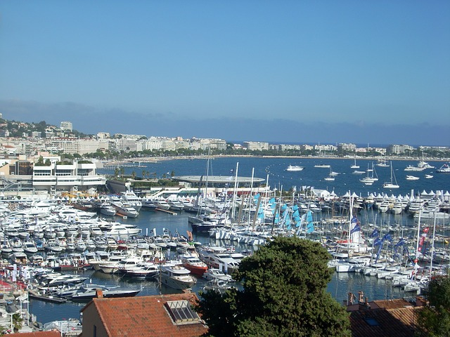 Visiting Cannes yachting festival by air taxi